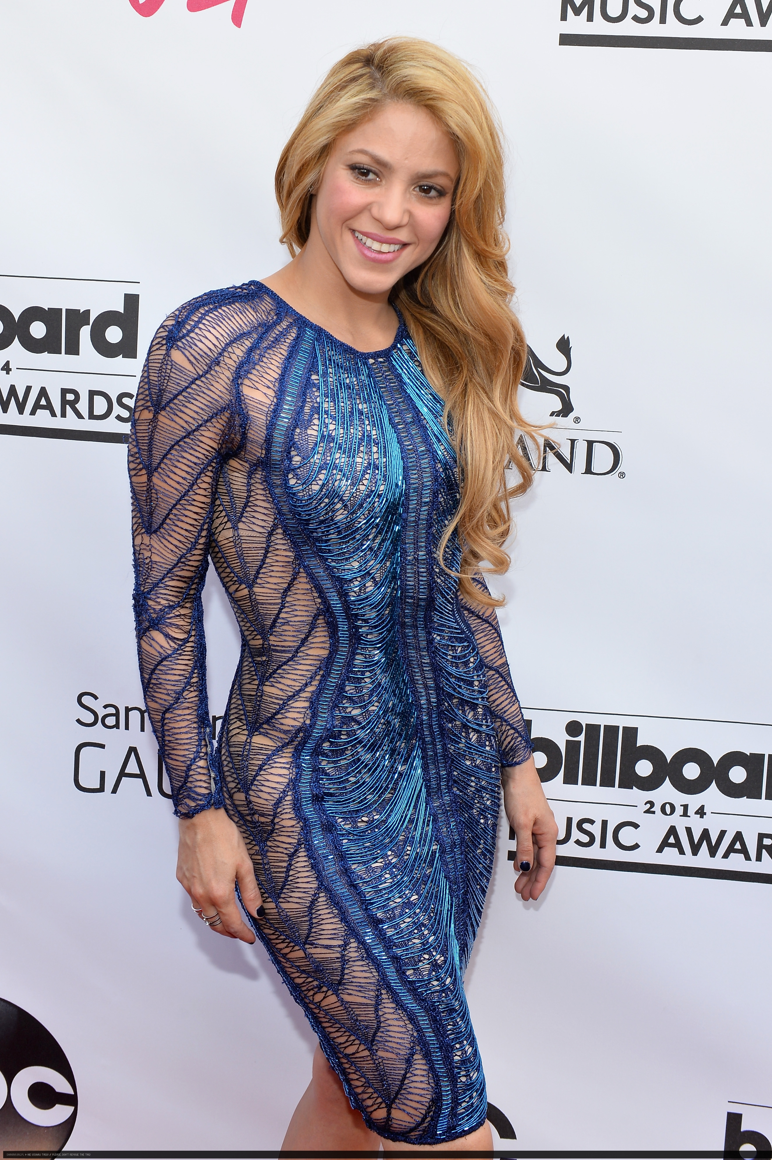 Shakira Thong | Page 2 | Whale Tail Forum